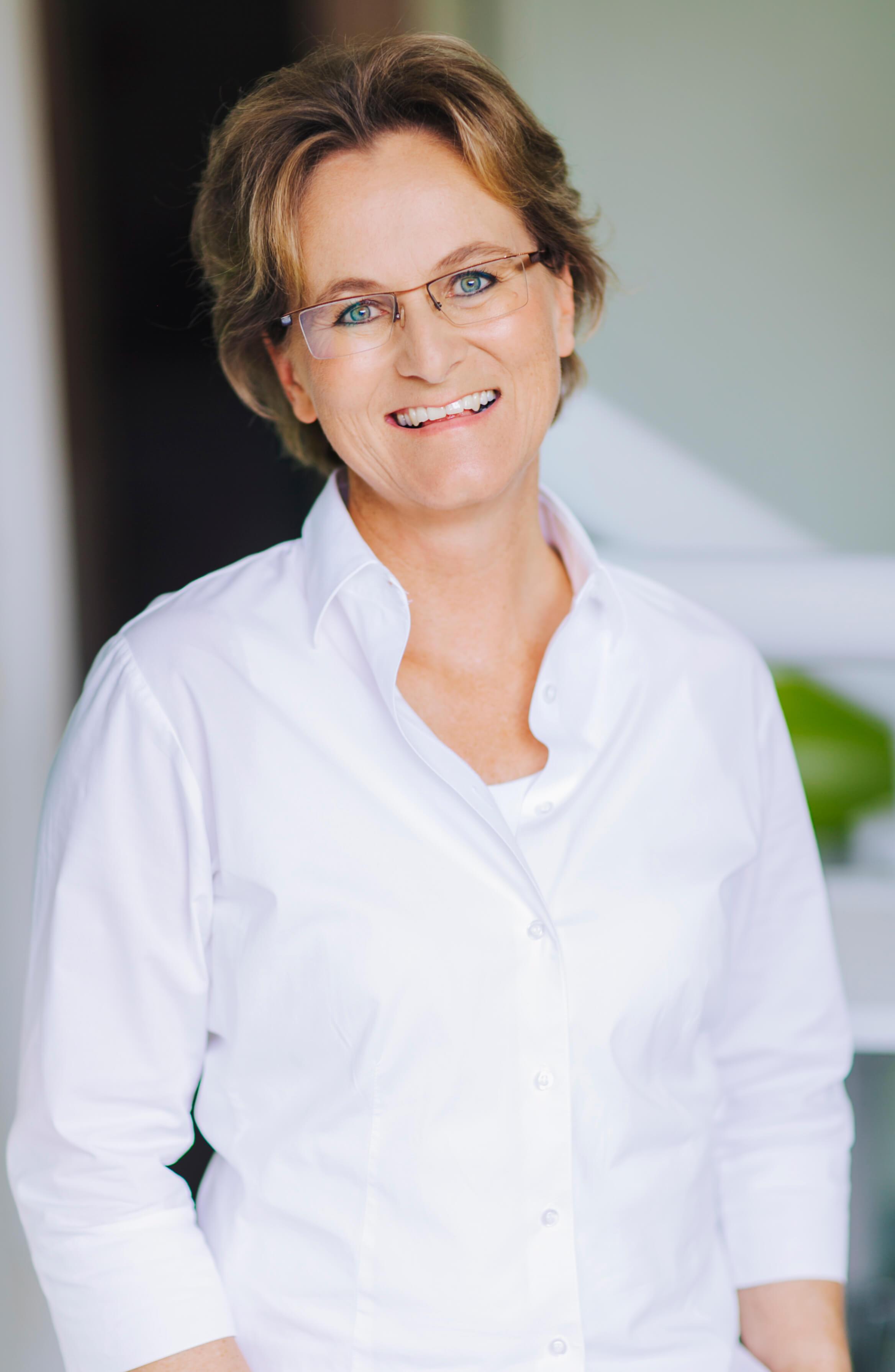 Dr. Nicola Koepchen